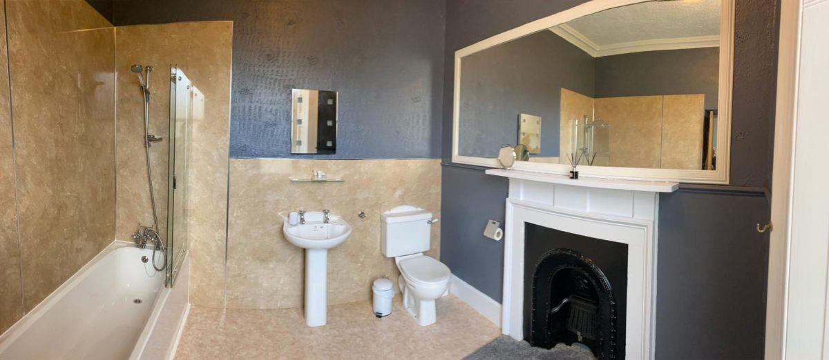 Room 2 - Bathroom 2
