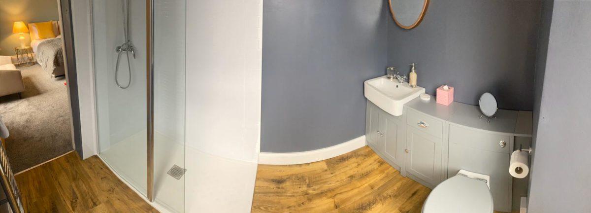 Room 4 - Bathroom 3